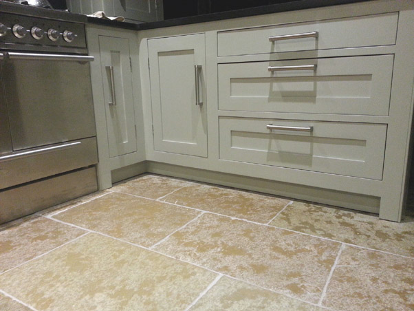 Http Www Stonevale Co Uk Product 434 Classical Tumbled Limestone 70