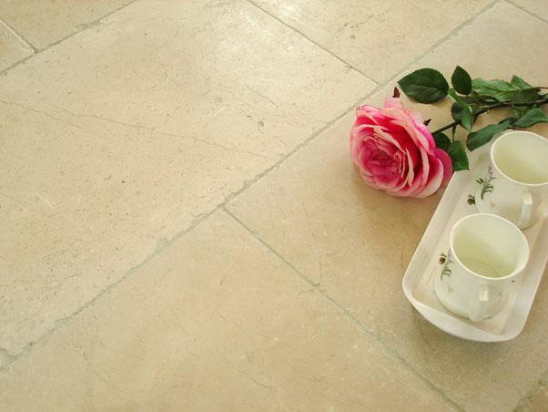 Antique Crema Persia Marble - Tumbled
