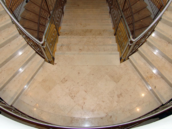 Honed Jura Beige Limestone Treads