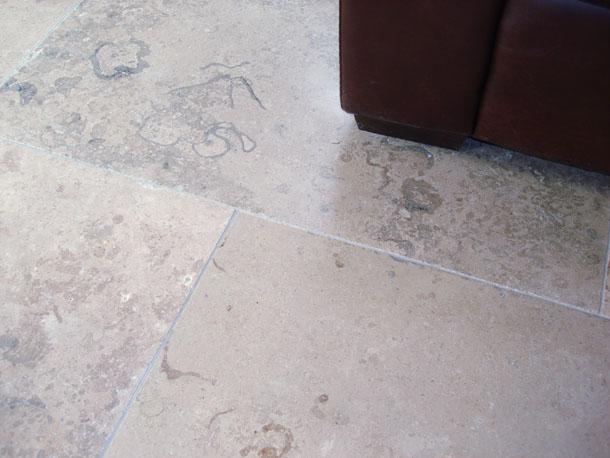 Jura Blue Grey Limestone Tumbled Limestone Tiles