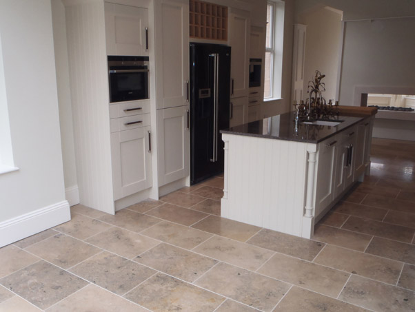 Jura Grey Beige Mixed Limestone - Honed Finish