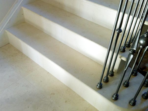 Pearl Limestone Staircase   Honed Finish